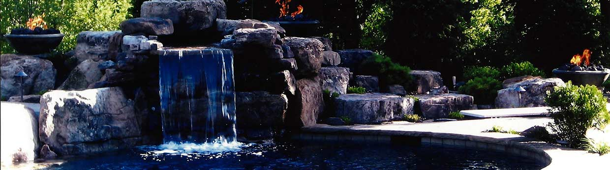 Chlorine, salt or bromine for your pool - which one is right for you?